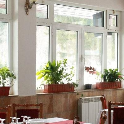Restaurant Floarea Reginei foto 0