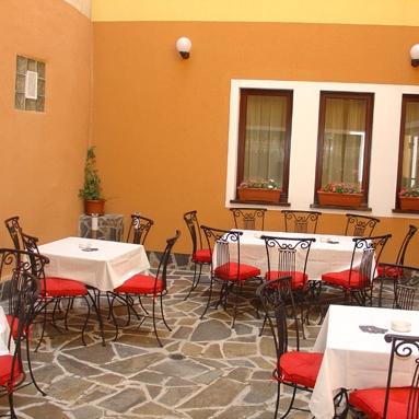 Restaurant Floare de Colti foto 2
