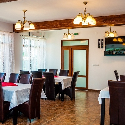 Restaurant La Lipoveanu foto 2