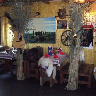 Restaurant Hanul Haiducilor foto 1