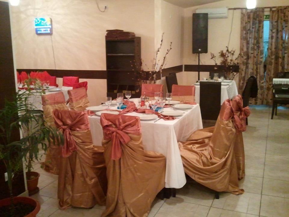 Detalii Restaurant Restaurant La Copaci