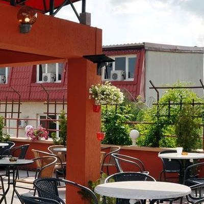 Restaurant REGINA PUB RESTAURANT DELIVERY