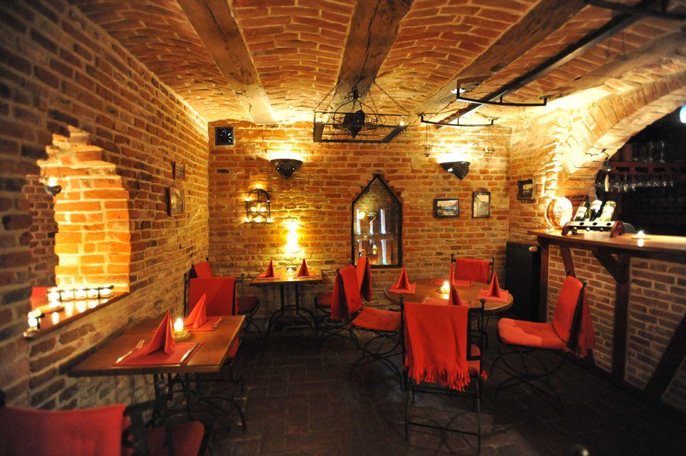 Detalii Restaurant Restaurant Weinkeller (Pivnița de vinuri)