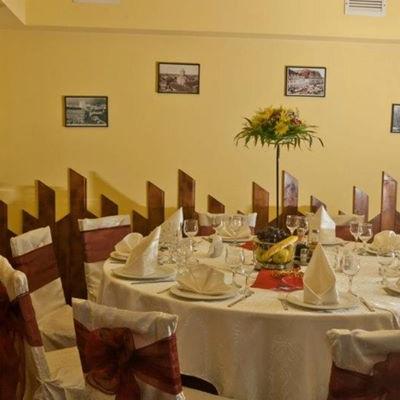 Restaurant Casa Jienilor foto 2
