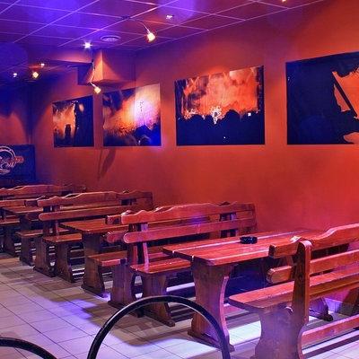 Bar/Pub Hard Club foto 1