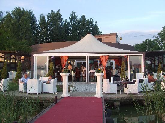Detalii Restaurant Restaurant Chevalet