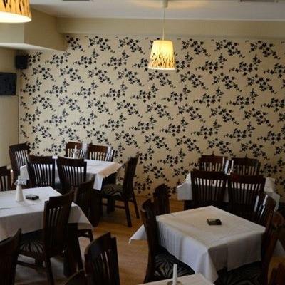 Restaurant Intim foto 2