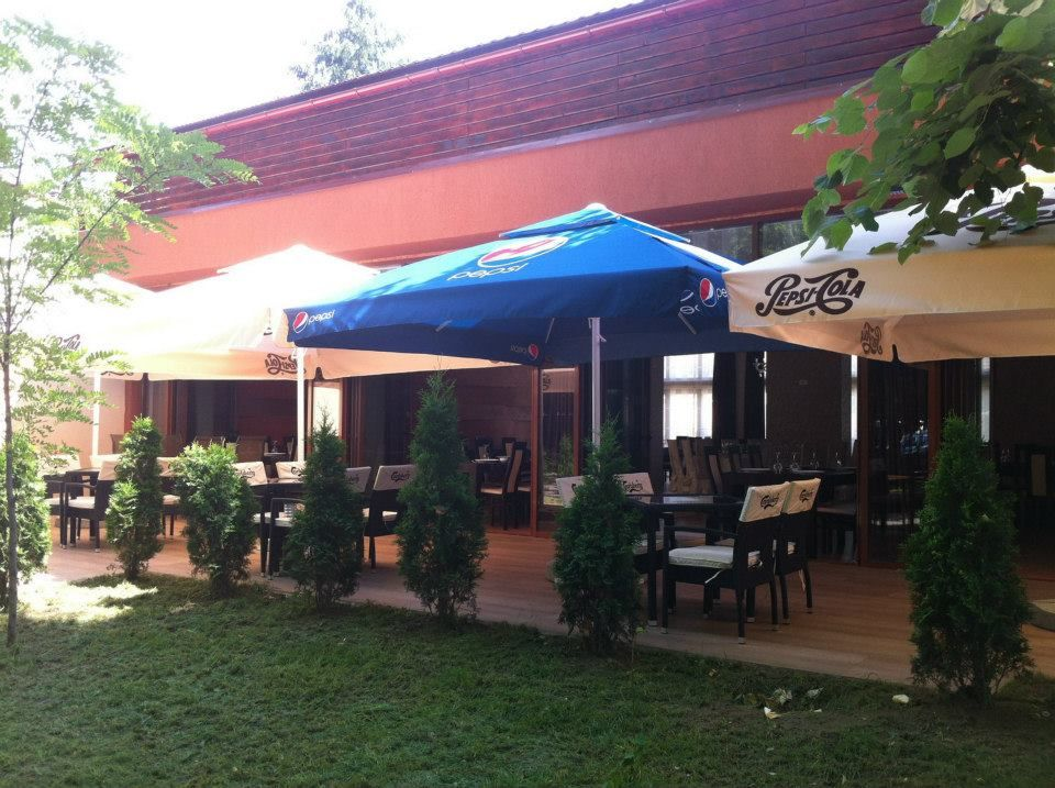 Detalii Restaurant Restaurant Mon Jardin