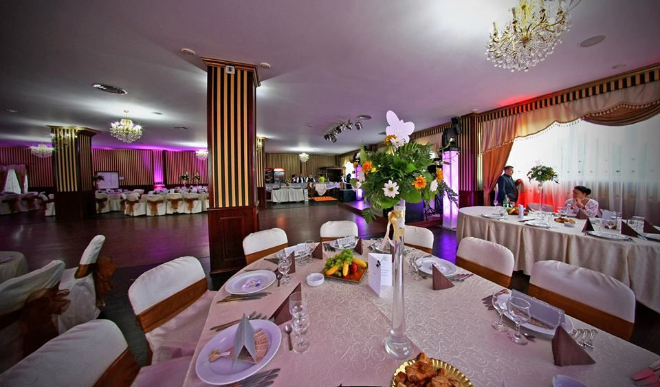 Detalii Restaurant Restaurant Magenta