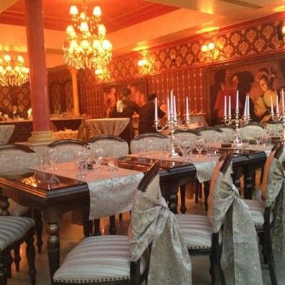 Restaurant Chandellier foto 0
