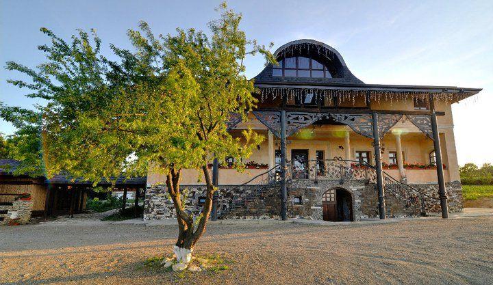 Detalii Restaurant Restaurant Conacul Zaicesti