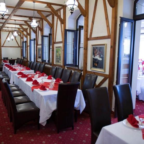 Imagini Restaurant Capitals