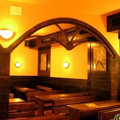 Oktoberfest Pub