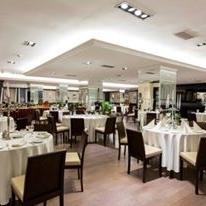 Restaurant Cosmopolitan by Ramada foto 0